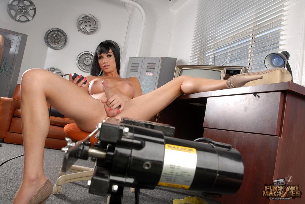 Dirty Jonelle Gets Her Bum Rammed Rough