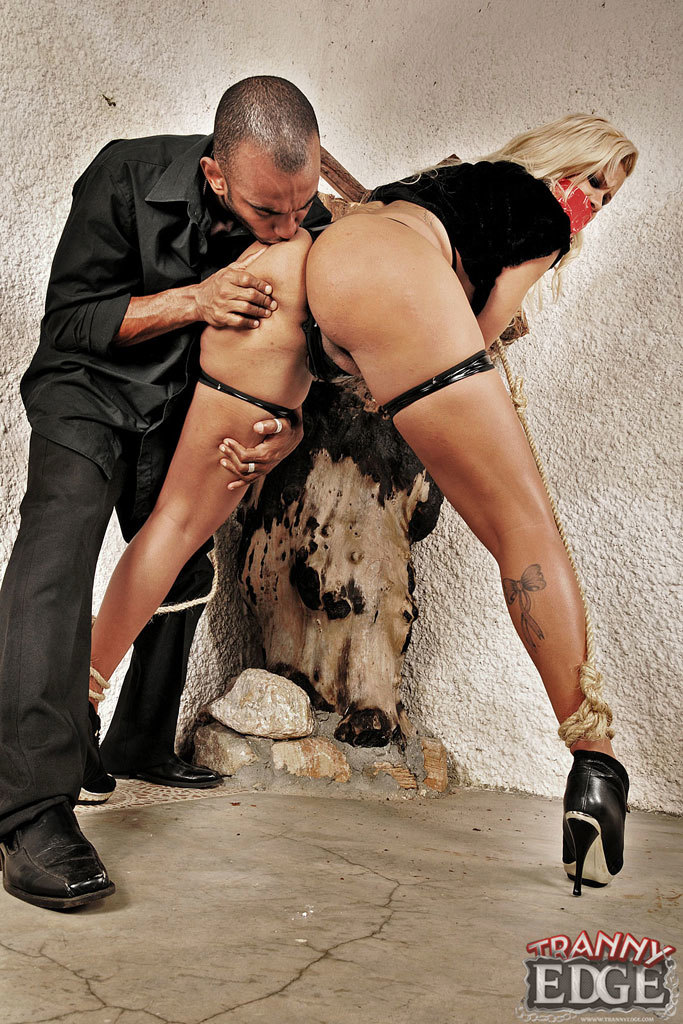 Extreme Titillating With Ladyboy Rafaella Ferrari