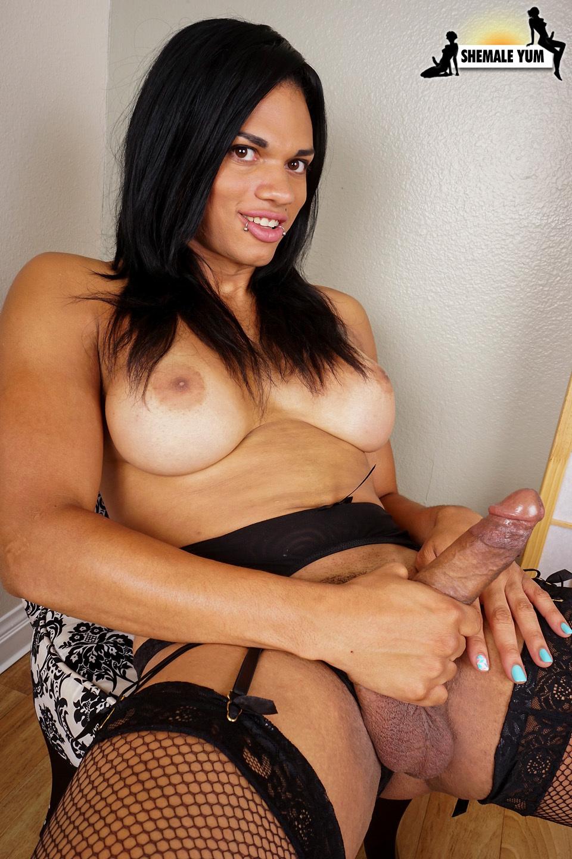 Hung Morena Black Jerks Her Cock!