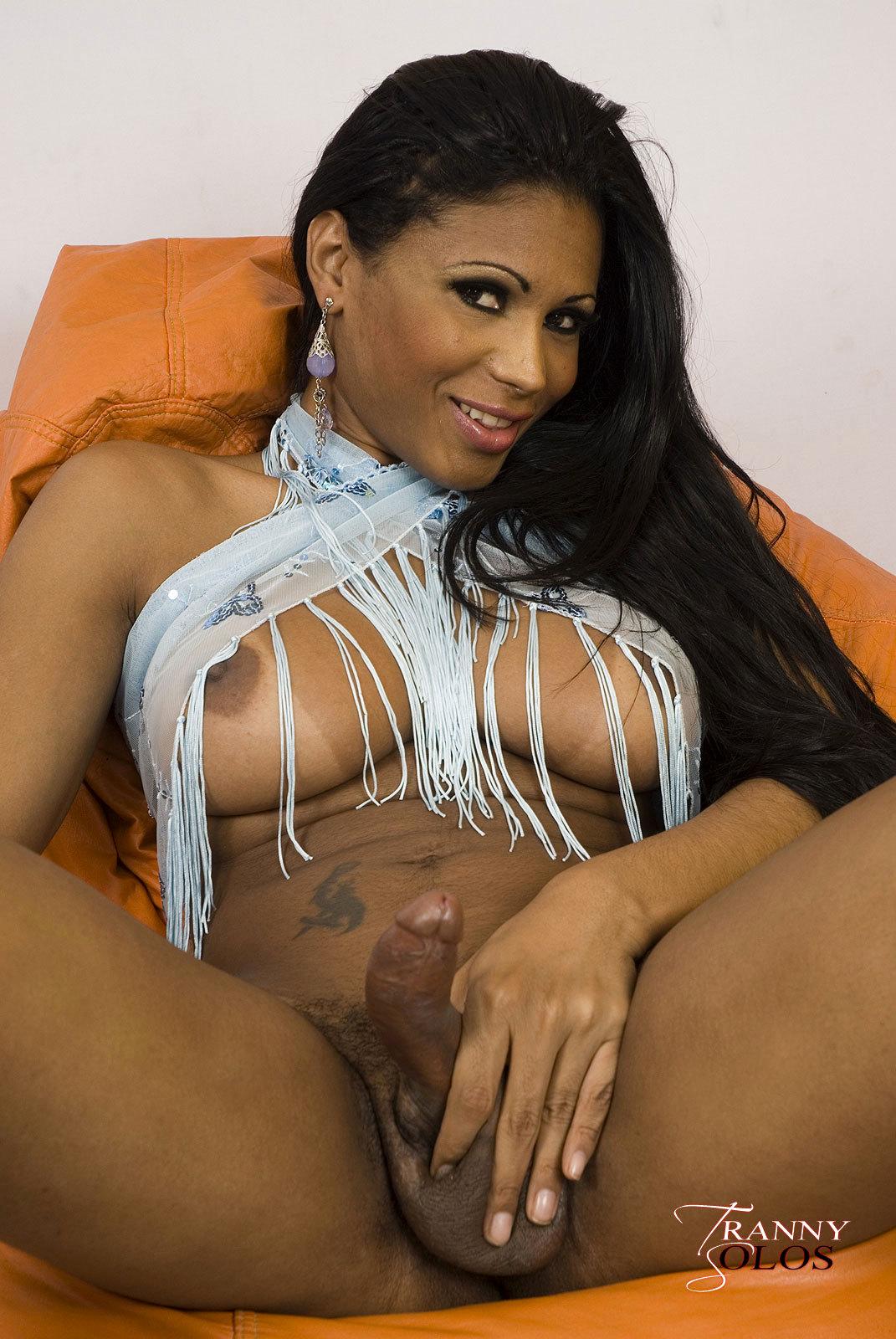 Massive Tit Brunette Ladyboy Andreia Oliveira