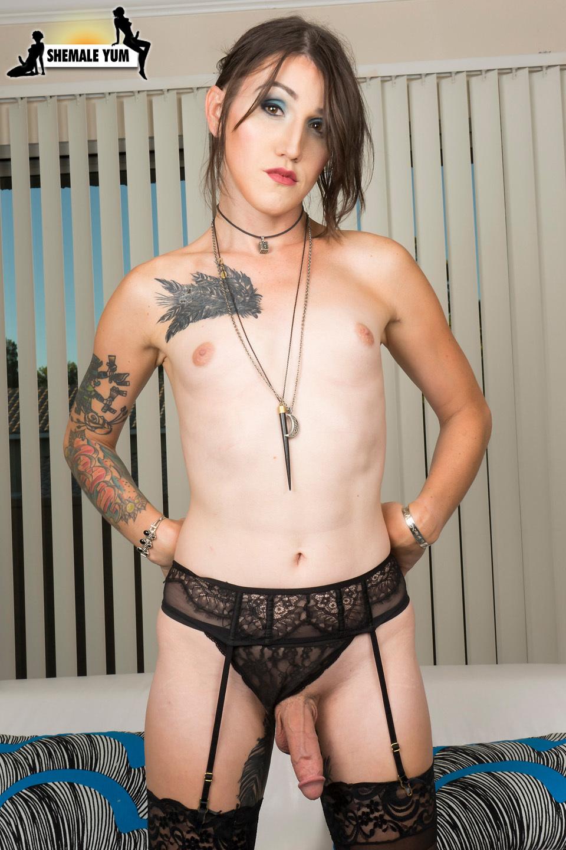 Meet Slutty Tattooed Angel Lena Jade!