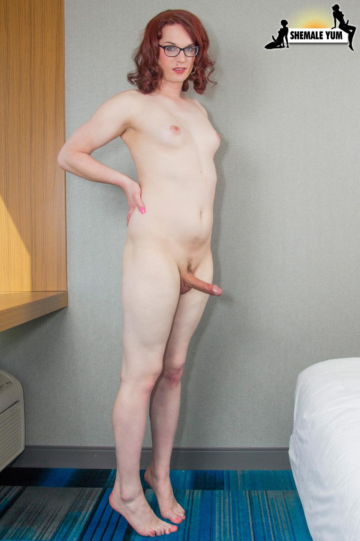 Nasty Red A Blowjob Anastasia Coxx Cums!