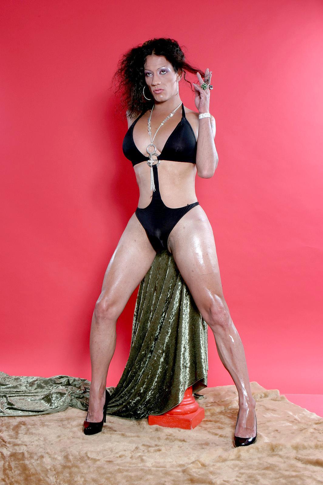 Naughty Latina T-Girl Karen Masturbates On Camera As She Teas