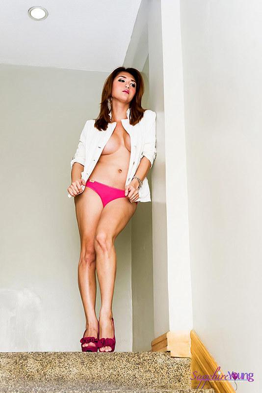 Thai Tgirl Beauty Nude In The Stairway